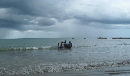 S'ils ne sont pas toujours les plus pauvres, les pêcheurs artisans demeurent les plus vulnérables face aux changements climatiques