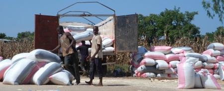Investir prioritairement dans le développement d'insfrastructures adaptées et de services financiers pour les agriculteurs africains